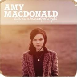 "Amy Macdonald "" Life in a beautiful light """